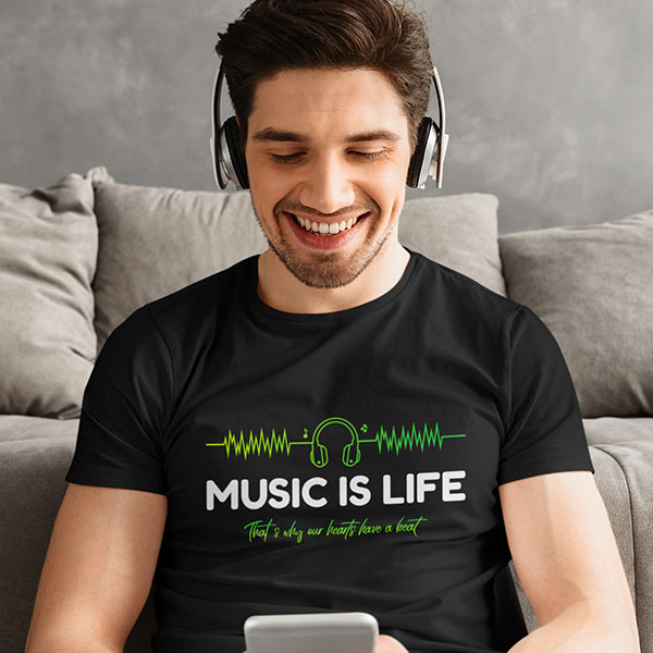 maglietta music is life